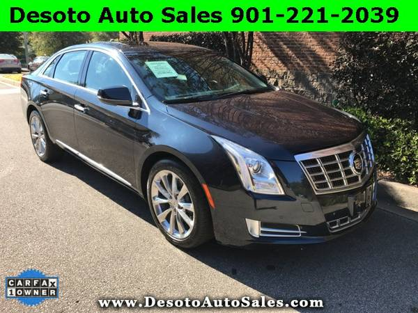 2013 Cadillac XTS Luxury with Panoramic Sunroof - Only 36K miles, 1 Ow