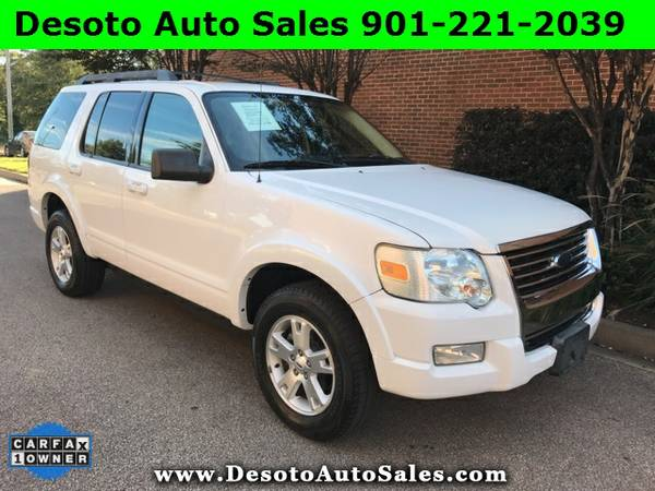 2010 Ford Explorer XLT - 1 Owner, Clean Carfax, V6 engine, Automatic t