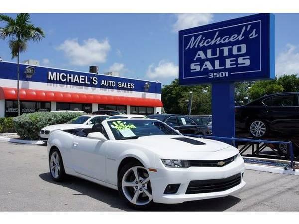2015 *Chevrolet Camaro* SS - White