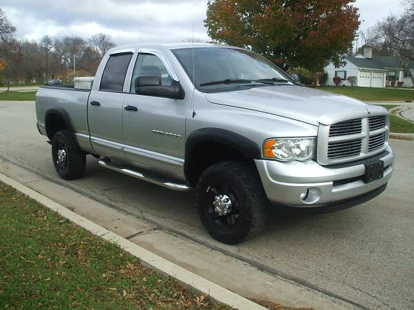 2004 Dodge Ram 2500 QuadCab SLT 4x4 5.7 Hemi New Tires Clean!!
