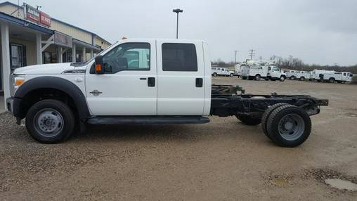 2013 Ford F550 XLT - Cab Chassis - 4WD 6.7L Diesel
