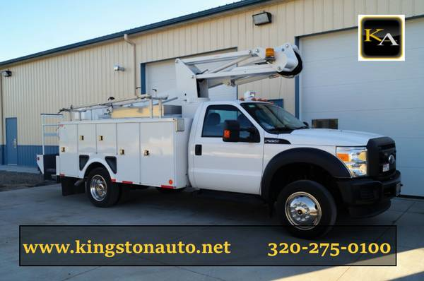 2012 Ford F550 XL - 35ft Bucket Truck - 6.8L V10 Gas
