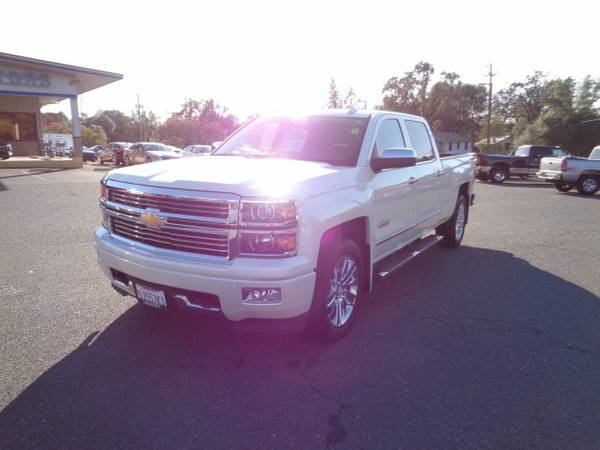 2015 Chevrolet Silverado 1500 Crew Cab *CHEVY* High Country Pickup