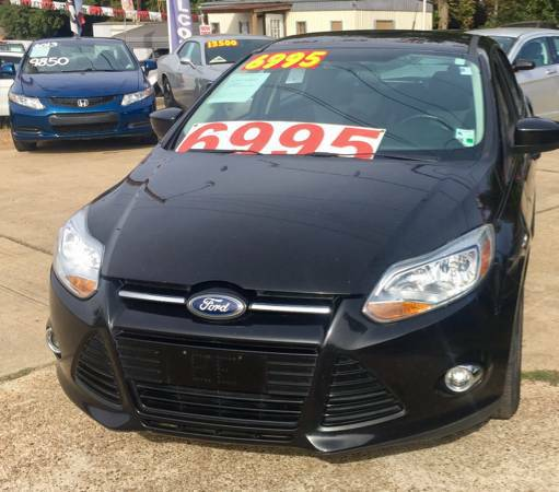 2012 FORD FOCUS SE-LOW MILES/LIKE NEW