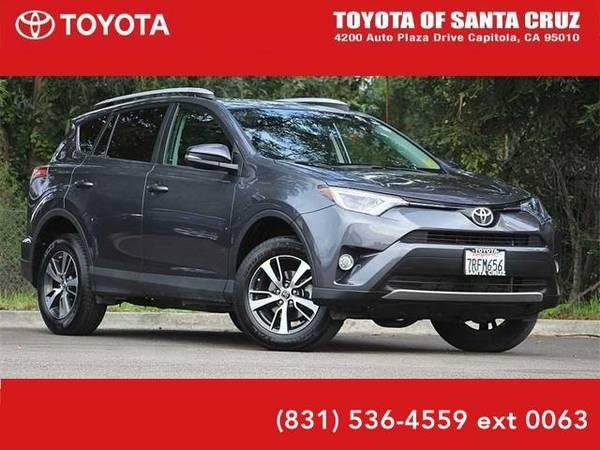 2016 *Toyota RAV4* XLE (Magnetic Gray Metallic)