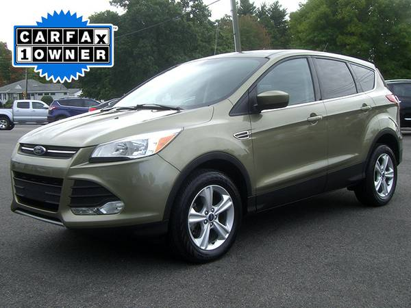 ★ 2014 FORD ESCAPE SE - ONLY 28k MILES with REMAINING FACTORY...