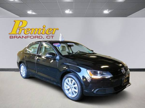 Certified: Volkswagen 2011 Jetta Sedan 4dr Car SE