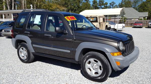 2005 Jeep Liberty, 100k Miles, 4 Cyl, 6 Speed Manual, A/c, All Power!
