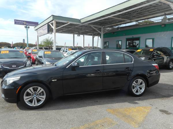 2009 BMW 528i Sedan LOADED!! GOOD MILES!!