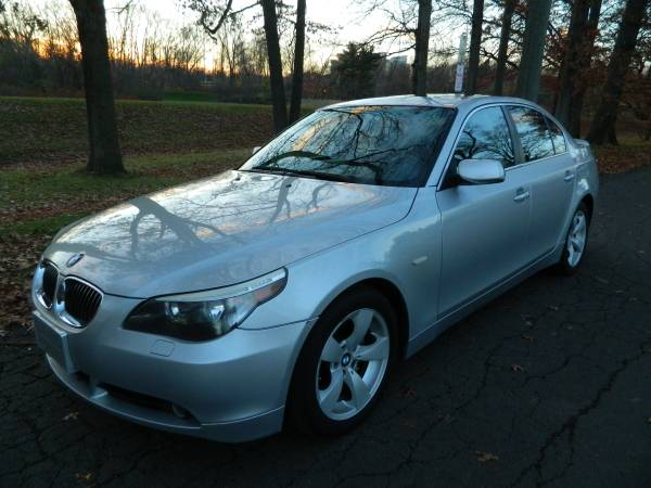 2006 BMW 525I Clean Carfax No Accidents. Very Clean