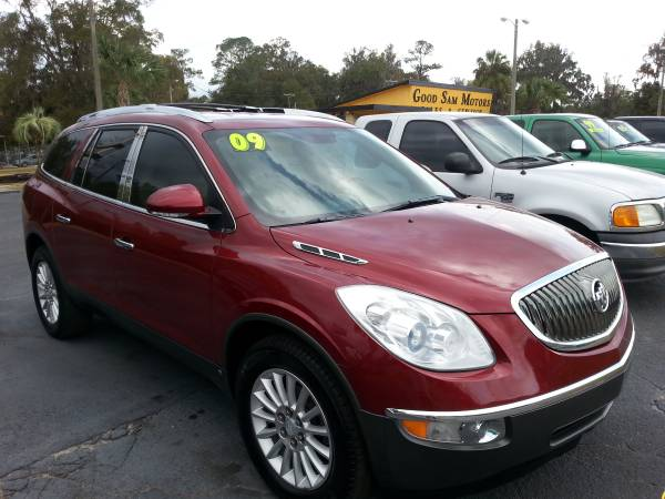 2009 BUICK ENCLAVE CXL 7 PASS. 4DR. ( VERY NICE !!!)
