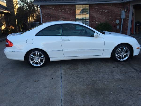 MINT 2006 MERCEDES-BENZ CLK350