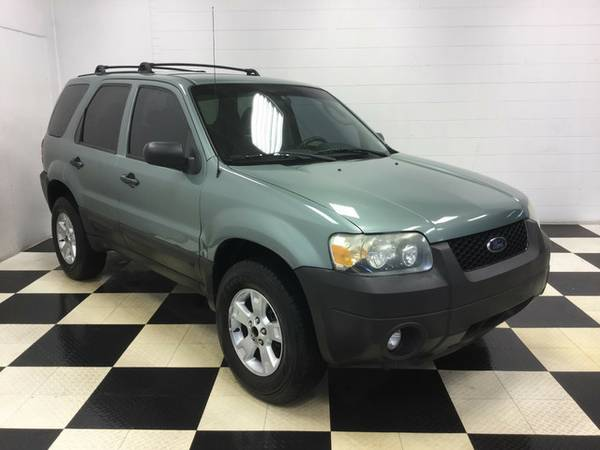 2007 FORD ESCAPE XLT WITH 70K MILES!!! GREAT CONDITION