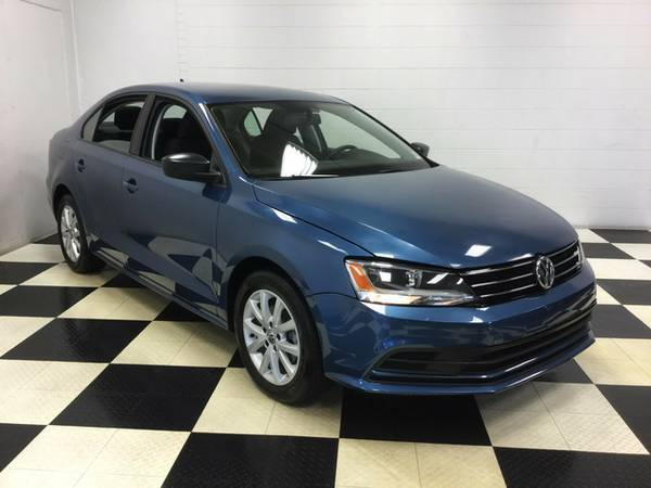 2015 Volkswagen Jetta Sedan 1.8T ONLY 18K MILES FACTORY WARRANTY LEATH