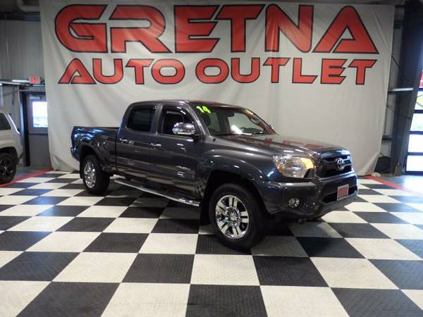 2014 Toyota Tacoma LIMITED CREW CAB 4X4 HEATED LEATHER 55K LOADED