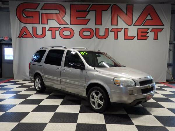 2005 Chevrolet Uplander LT HEATED LEATHER-QUADS-3RD ROW REAR DVD