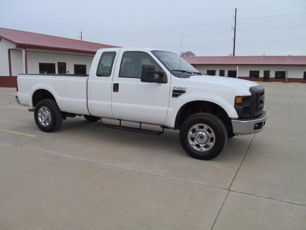 2009 Ford F250 Superduty 4x4 Work Truck