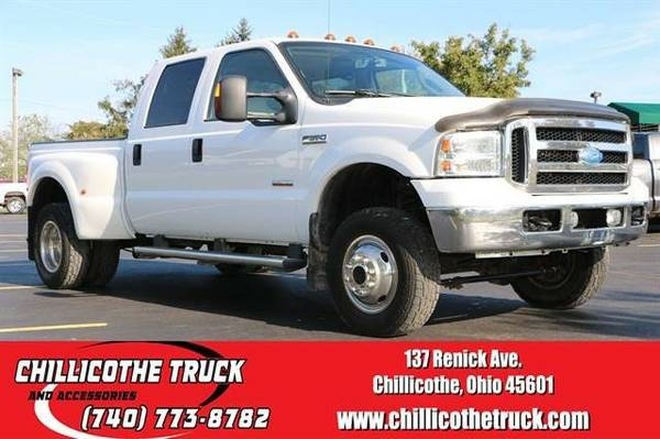 2006 Ford F350 Super Duty Crew Cab Lariat Pickup 4D 6 3/4 ft...