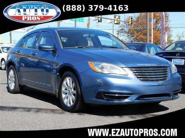 2011 *Chrysler* *200* Touring 4dr Sedan