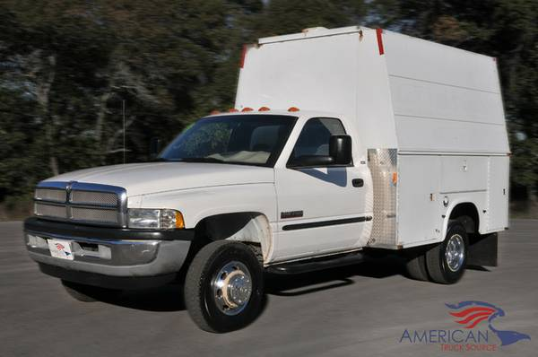 ONE OF A KIND! 2001 DODGE RAM 3500-BOX TRUCK! ONLY 152K MILES-TX TRUCK