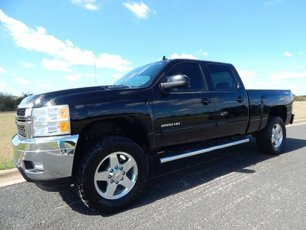 2013 CHEVY SILVERADO 2500 4X4- 6.6L DURAMAX-1OWNER-ONLY 74K MI-MUSTSEE
