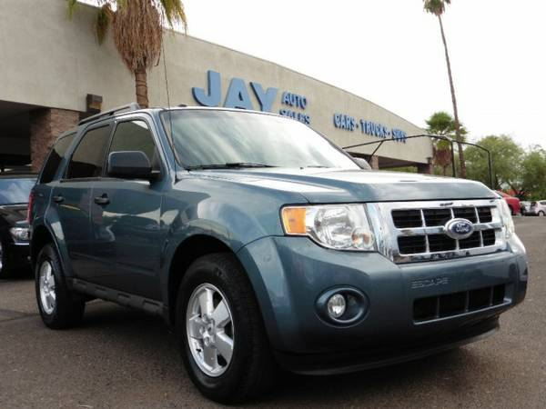 2011 Ford Escape 4X4 4dr XLT / CLEAN ARIZONA CARFAX /...