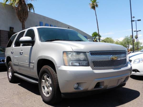 2009 Chevrolet Tahoe 4X4 4dr 1500 LT / LEATHER LOADED / / 3RD ROW...