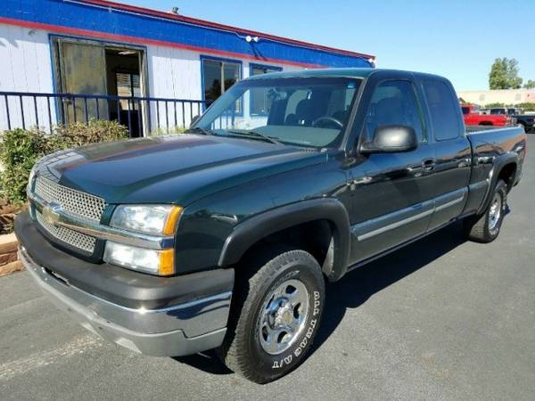 2003 Chevrolet Silverado 1500 Ext Cab 143.5 WB 4WD LT ****We...