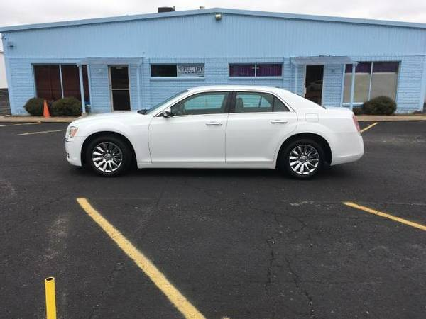 2012 CHRYSLER 300 LIMITED LEATHER ALPINE CAMERA LOADED! 62K! 500 DOWN