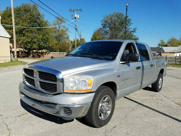 2006 *Dodge* *Ram* *Pickup* *1500* SLT 4dr Mega Cab SB -CREDIT REPAIR!
