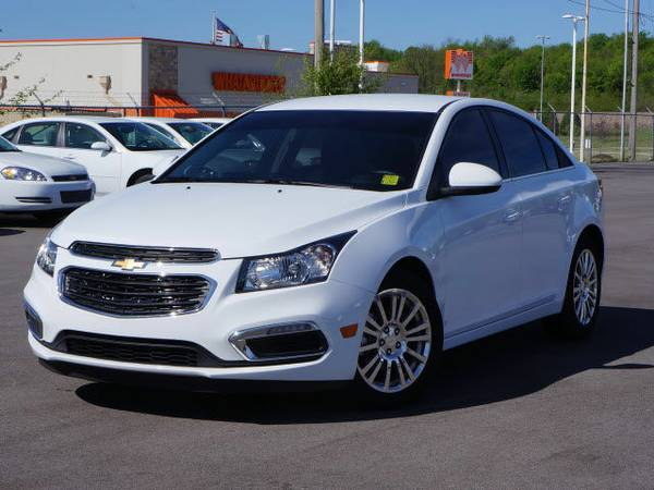 2016 CHEVROLET CRUZE - LOW MILES! HUGE DISCOUNT! UP TO 42 MPG!