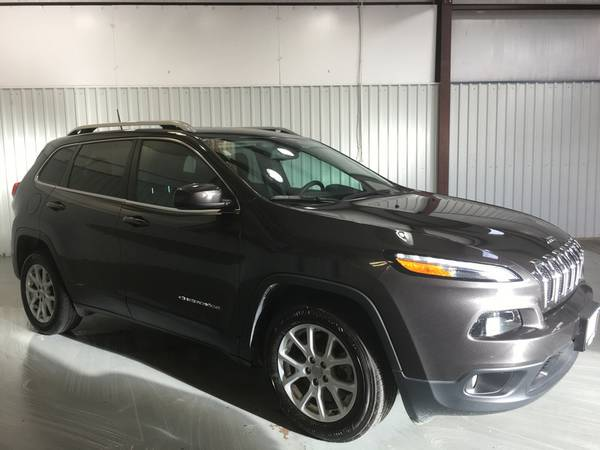 2016 JEEP CHEROKEE LATITUDE*LEATHER LOADED*TOUCH SCREEN RADIO*WARRANTY