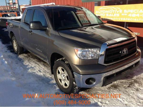 2011 Toyota Tundra SR5 4x4 1-Owner w/ 105k Miles and a CLEAN CARFAX