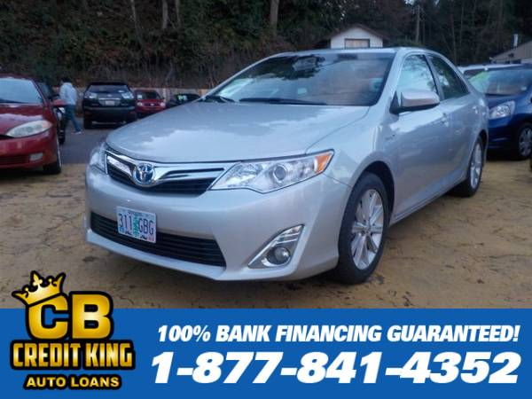 Year END Close Out 2012 Toyota Camry Hybrid XLE We can finance everyon