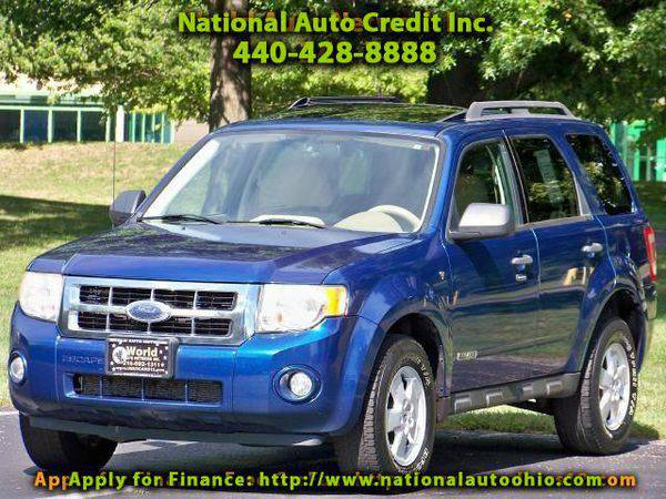 2008 *Ford* *Escape* XLT 4WD V6. Heated Leather Seats & Power...