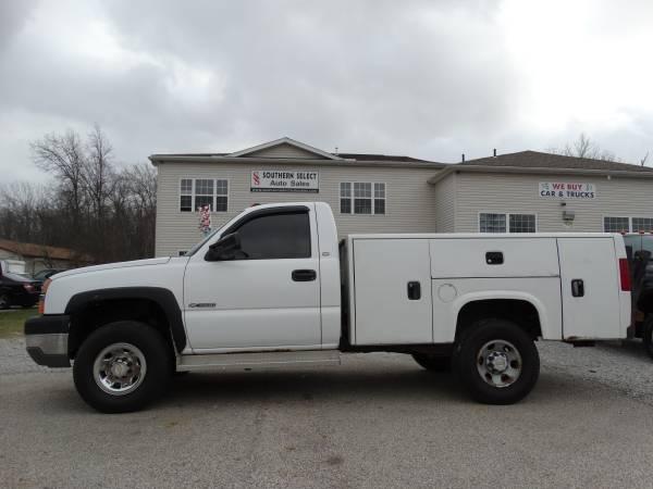 **2004 Chevrolet Silverado 4x4 3500 Utility Bed 8.1L**