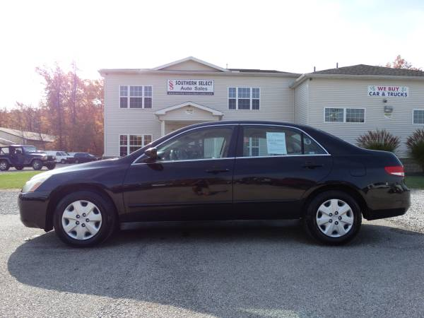 **2004 Honda Accord Sedan NEW TIRES - PRICE WONT LAST!!**