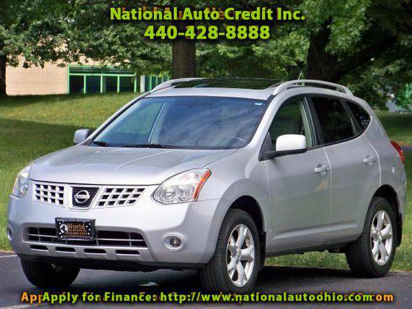 2009 *Nissan* *Rogue* SL Leather Seats & Power Sunroof Pkg. Bose...