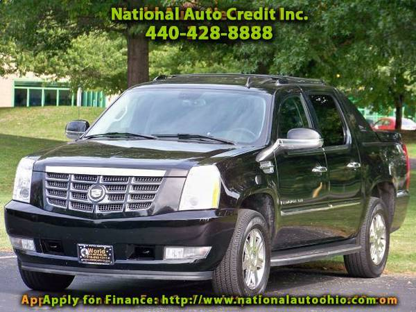 2007 Cadillac Escalade EXT Sport Utility Truck. Navigation. Heated Lea