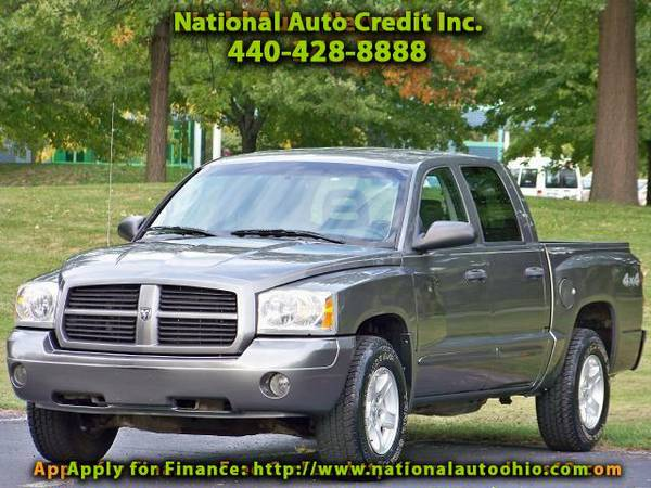 2006 Dodge Dakota SLT Quad Cab 4WD. Low Mileage Vehicle 105k. V8 Eng