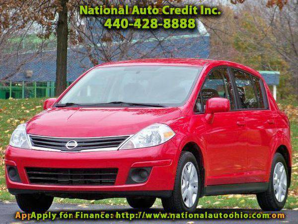 2012 *Nissan* *Versa* 1.8 S Hatchback. Well Maintained. Must See.