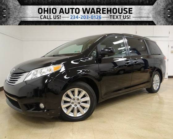 2011 Toyota Sienna XLE Navi Sunroof DVD Captains 1-Owner We Finance