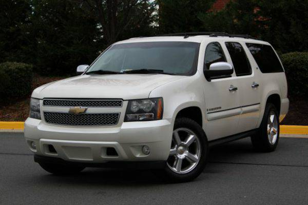 2008 *Chevrolet* *Suburban* LTZ 1500 4WD - Guaranteed Financing!