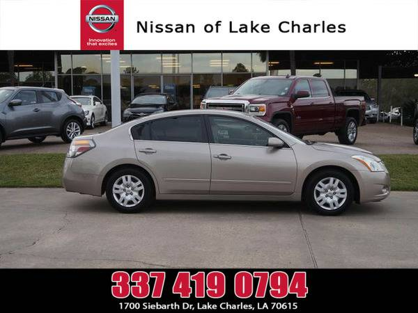 *2011* *Nissan Altima* ** *Winter Frost Pearl*