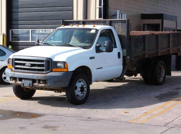 2000 Ford F-450 Super Duty XL. 7.3L Turbo Diesel! Dumpable Bed!