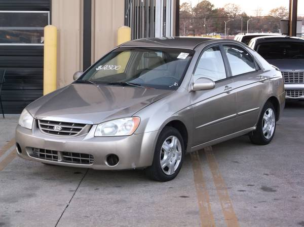 2004 Kia Spectra LX. CLEAN CARFAX ZERO ACCIDENTS!