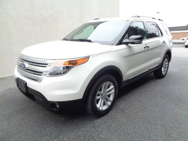 2012 Ford Explorer XLT 4x4 3.5L V6 3rd row $186 pmt WE FINANCE