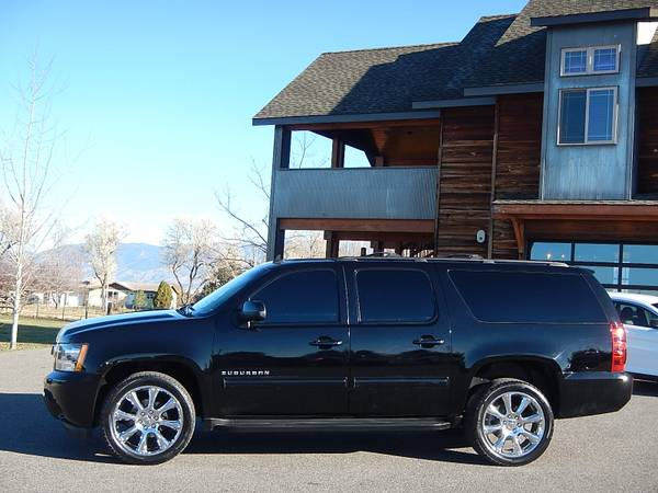 2011 Chevrolet Suburban LT3 4x4 Black Loaded 72,000 Miles One-Owner