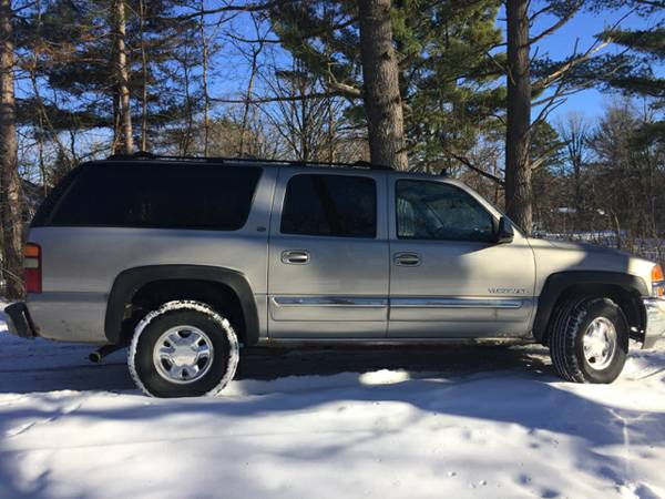 2003 GMC Yukon XL **LEATHER/LOADED, 3RD ROW**