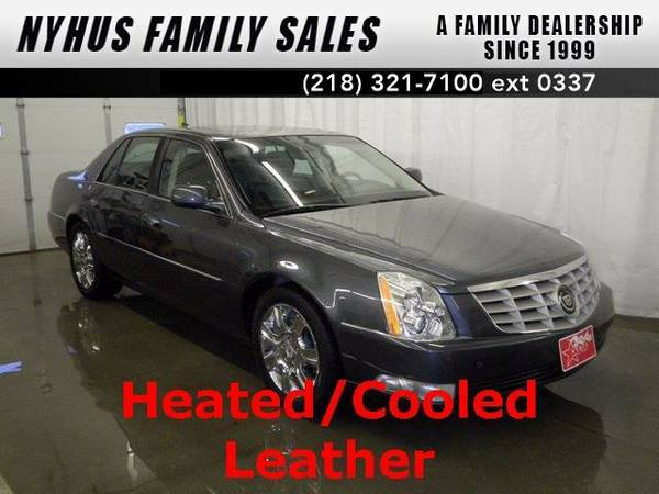 2011 *Cadillac DTS* Platinum (Gray Flannel Metallic)